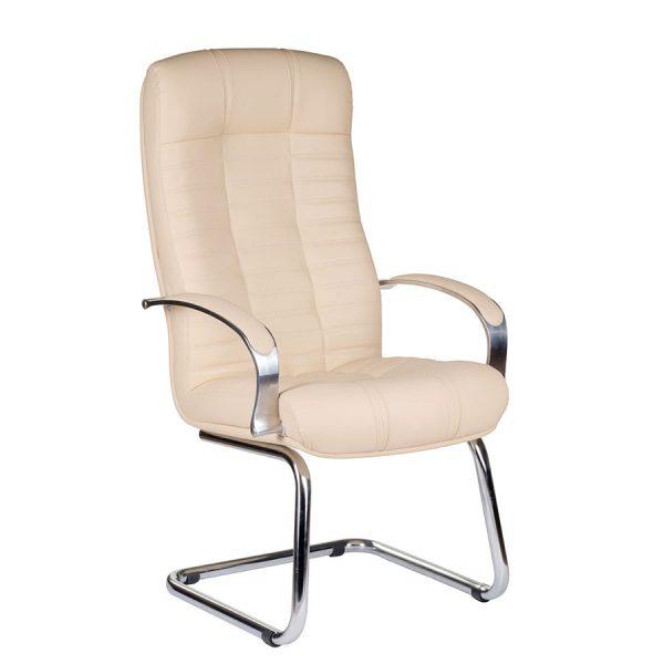 Компьютерное кресло руководителя Атлант Бежевое 2